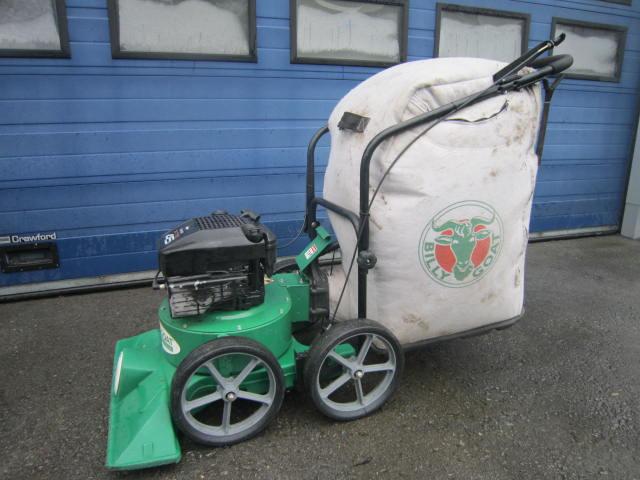 Laub + Abfallsauger Billy Goat / Benzin